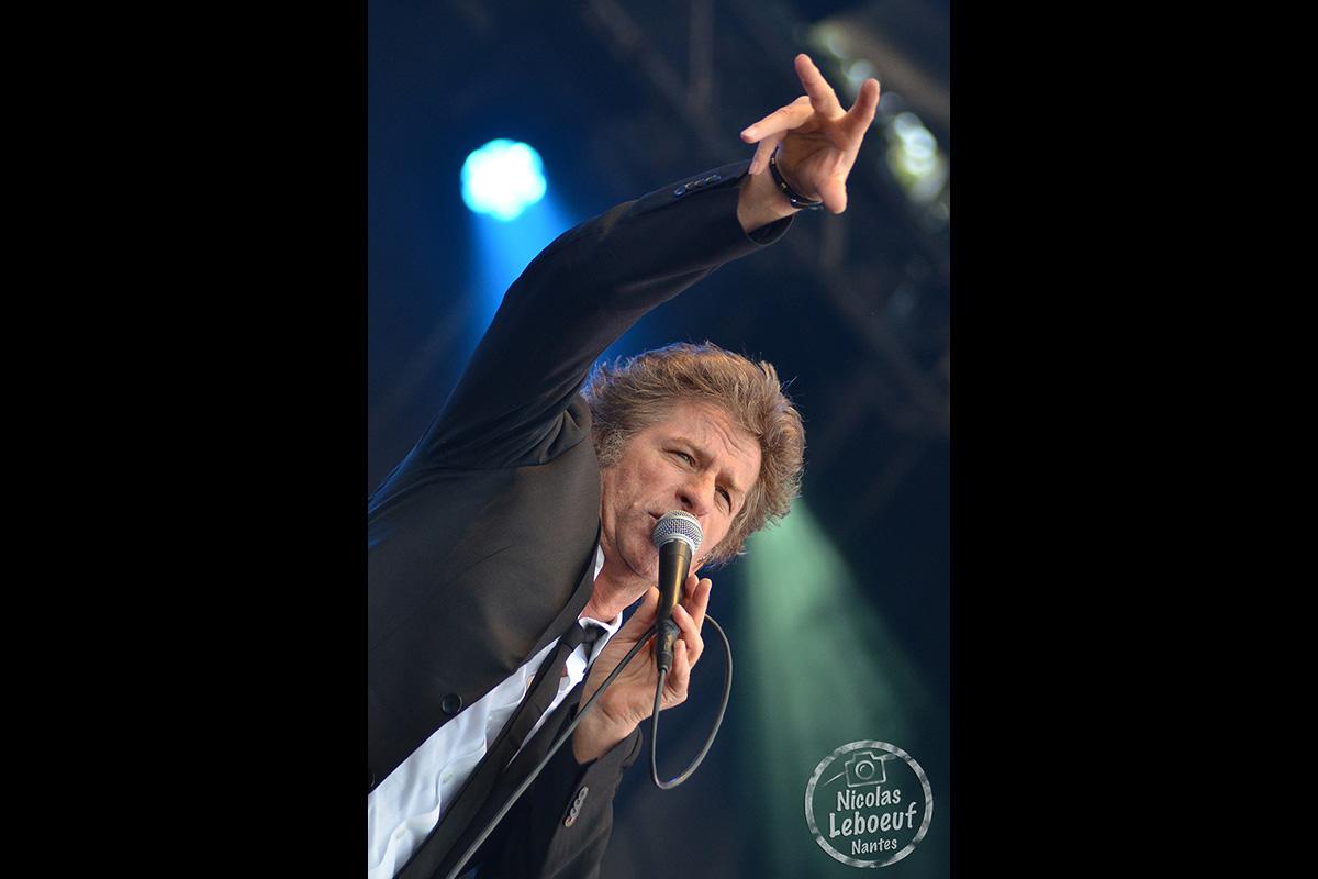Hubert Felix Thiefaine Concert Leboeuf Live